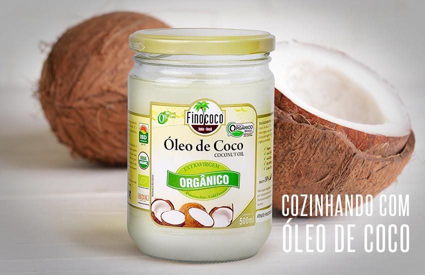 Utilizando o óleo de coco para cozinhar
